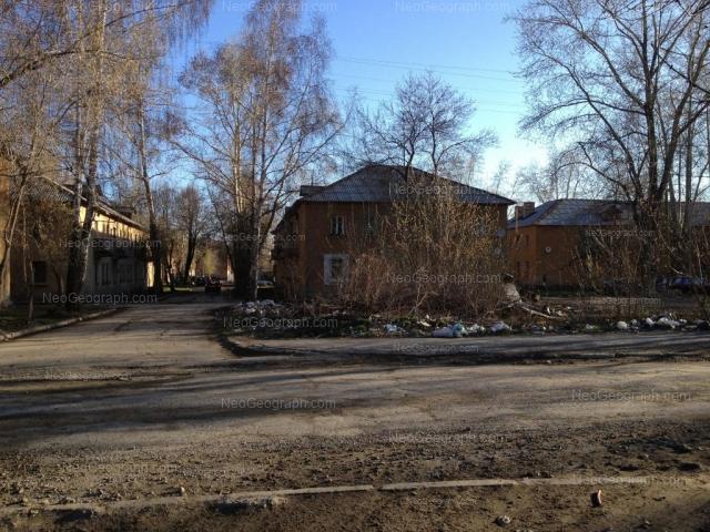 Адрес(а) на фотографии: Ирбитская улица, 4Б, 6А, 8А, Екатеринбург