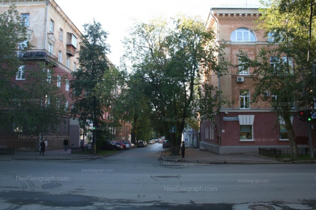 Адрес(а) на фотографии: Первомайская улица, 74, 78, Екатеринбург