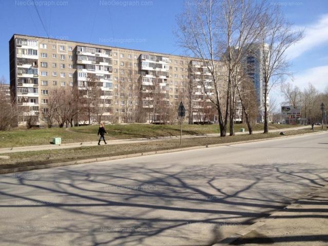 Адрес(а) на фотографии: улица Пехотинцев, 17, 21а, Екатеринбург