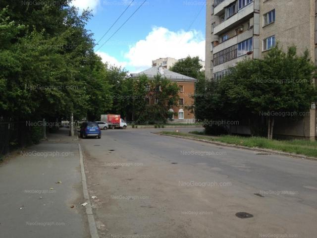 Адрес(а) на фотографии: улица Индустрии, 27, Екатеринбург