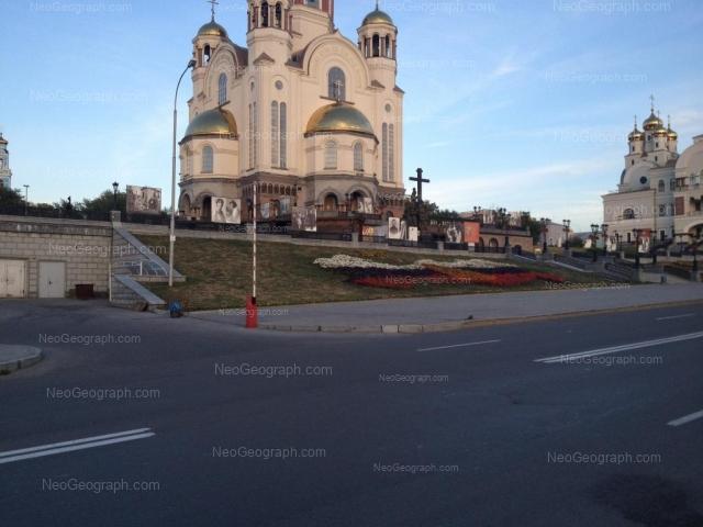 Адрес(а) на фотографии: улица Толмачёва, 34, 34а, Екатеринбург