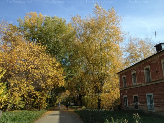 Адрес(а) на фотографии: Сызранский переулок, 7, 11, Екатеринбург