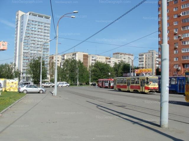 Адрес(а) на фотографии: улица Ткачей, 6, 8, Екатеринбург