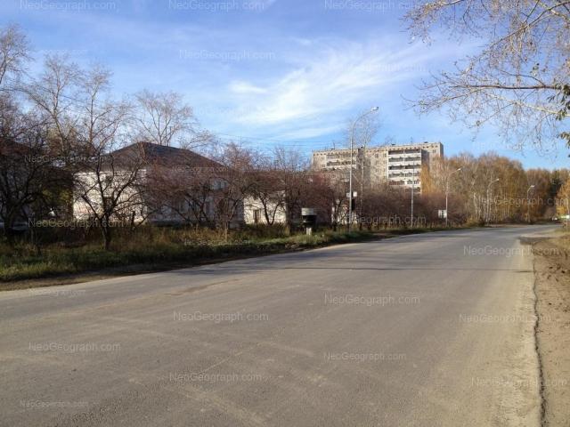 Address(es) on photo: Varshavskya street, 2А, 2Б, 4, 8, Yekaterinburg