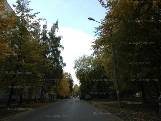 Адрес(а) на фотографии: улица Индустрии, 29, 30, Екатеринбург