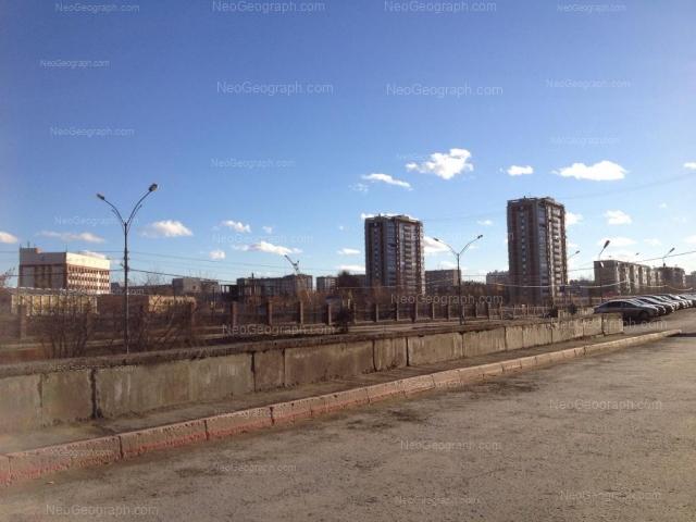 Адрес(а) на фотографии: улица Академика Бардина, 2/1, 2/2, Екатеринбург