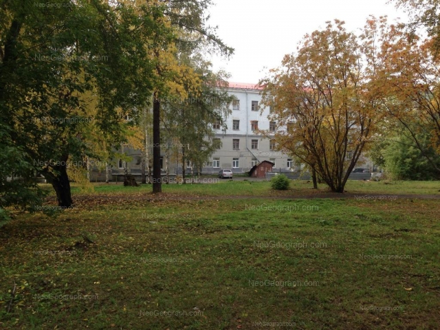 Адрес(а) на фотографии: Сибирский тракт, 33, Екатеринбург