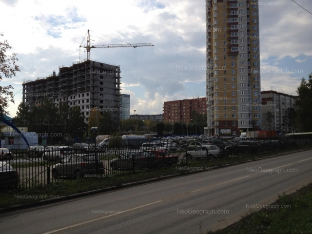 Адрес(а) на фотографии: Билимбаевская улица, 35, 41, 43, Екатеринбург