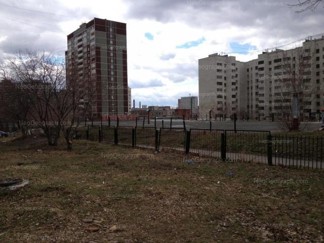 Адрес(а) на фотографии: улица Бебеля, 112, 118, 120, Екатеринбург