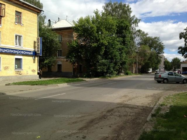 Адрес(а) на фотографии: улица Индустрии, 39, 41, Екатеринбург