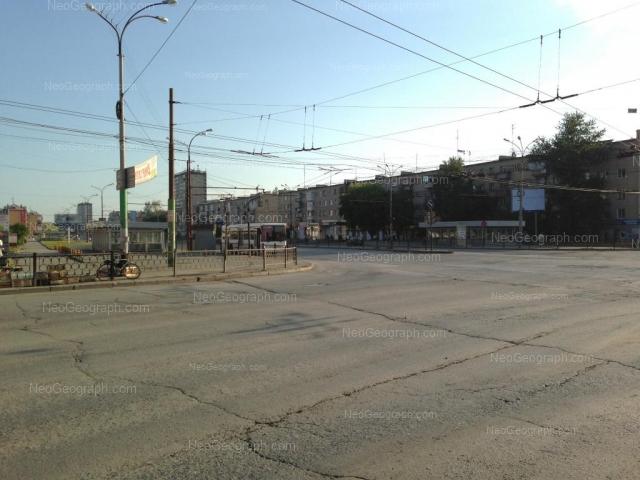 Адрес(а) на фотографии: проспект Космонавтов, 72, 74, Екатеринбург