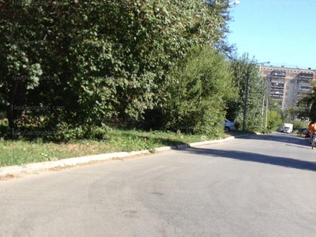 Адрес(а) на фотографии: улица Новгородцевой, 17, Екатеринбург