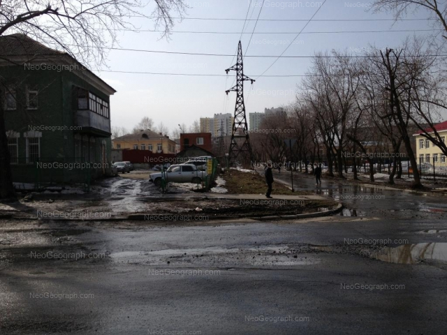 Адрес(а) на фотографии: улица Корепина, 1, 2Б, 3, Екатеринбург