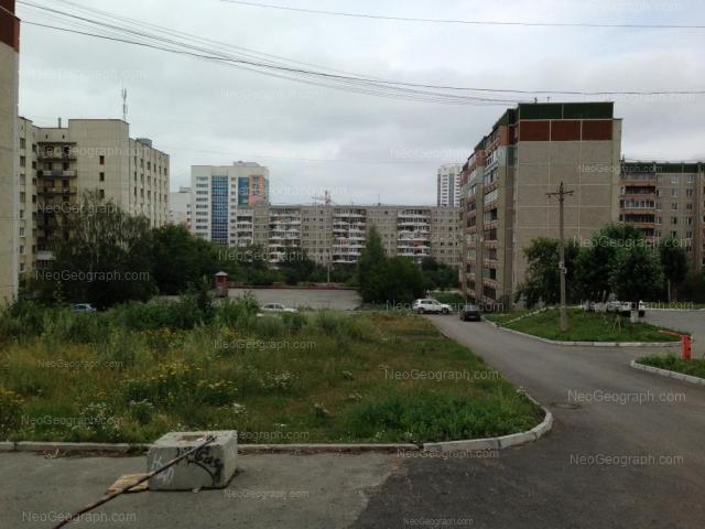 Адрес(а) на фотографии: улица Фрезеровщиков, 34, 35, 37, 38, Екатеринбург