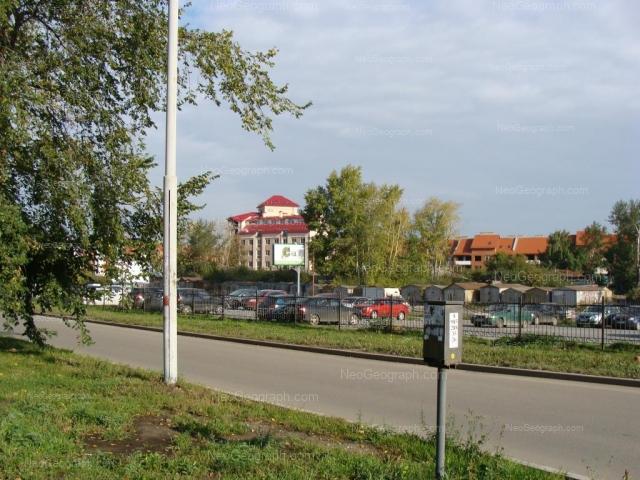 Адрес(а) на фотографии: Волгоградская улица, 22, 32/1, Екатеринбург