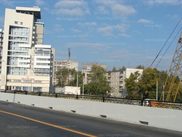 Адрес(а) на фотографии: улица Токарей, 60 к1, 60 к3, 62, 68, Екатеринбург