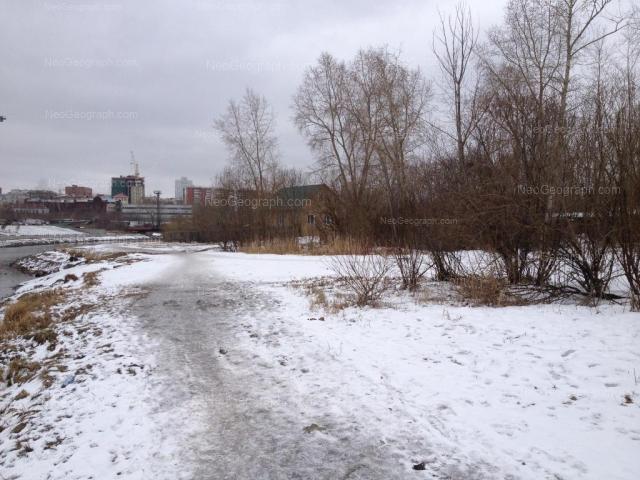 Адрес(а) на фотографии: улица Крылова, 2В, Екатеринбург
