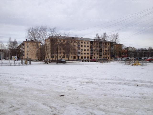 Адрес(а) на фотографии: Расточная улица, 35, 35а, Екатеринбург