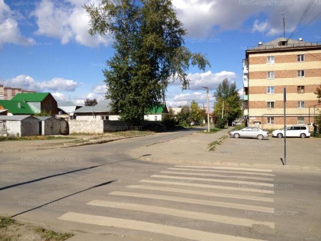 Адрес(а) на фотографии: Черноярская улица, 6, Екатеринбург