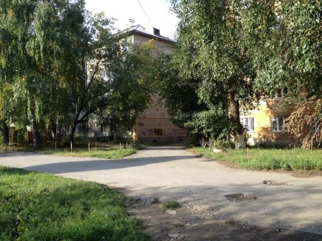 Адрес(а) на фотографии: Комсомольская улица, 70, 72, Екатеринбург
