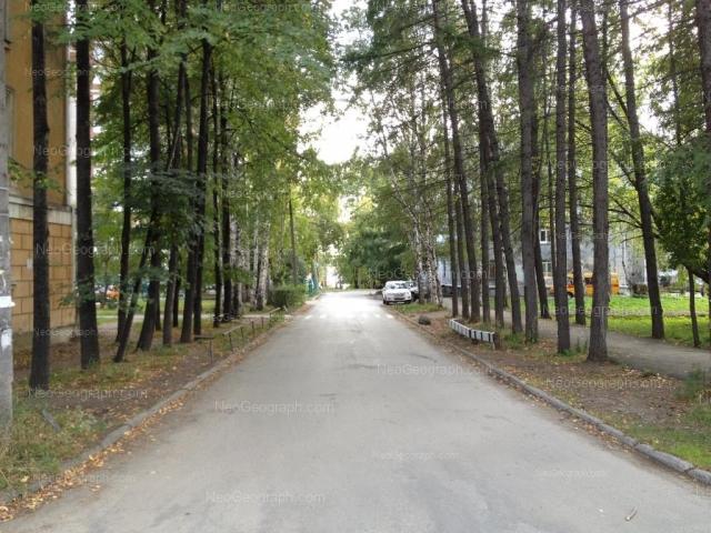 Адрес(а) на фотографии: Сибирский тракт, 33, 33А, Екатеринбург