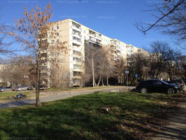 Адрес(а) на фотографии: улица Большакова, 16, 16А, Екатеринбург