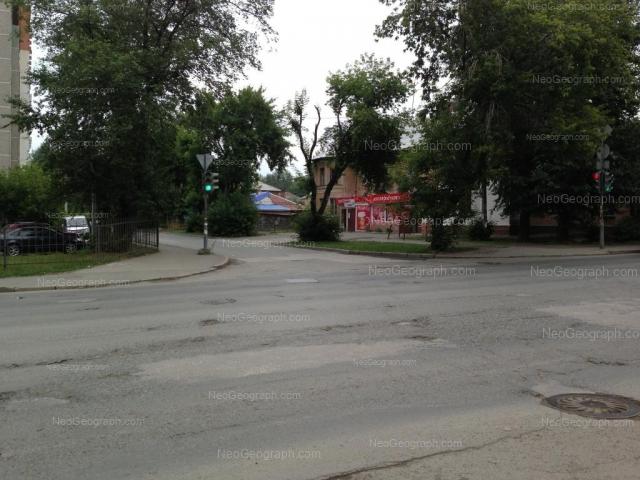 Адрес(а) на фотографии: улица Войкова, 68, Екатеринбург