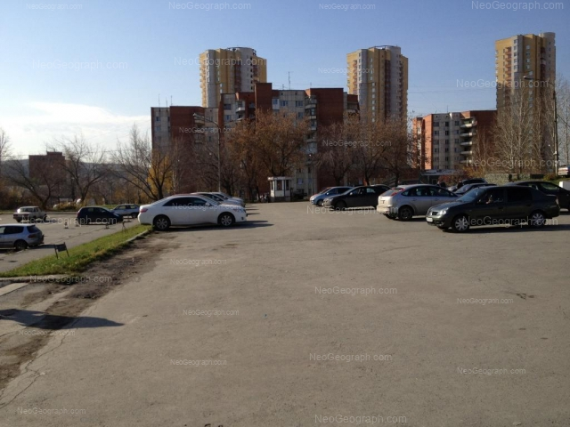 Адрес(а) на фотографии: улица Орденоносцев, 6, 8, Екатеринбург