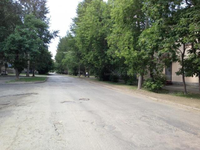 Адрес(а) на фотографии: улица Уральских Рабочих, 37, Екатеринбург