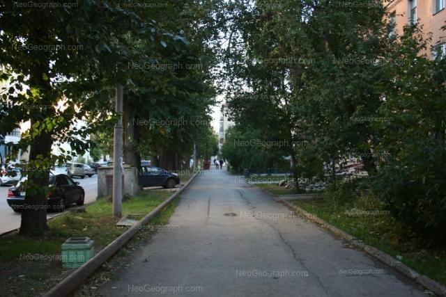 Адрес(а) на фотографии: Красный переулок, 4, 7, 8, Екатеринбург