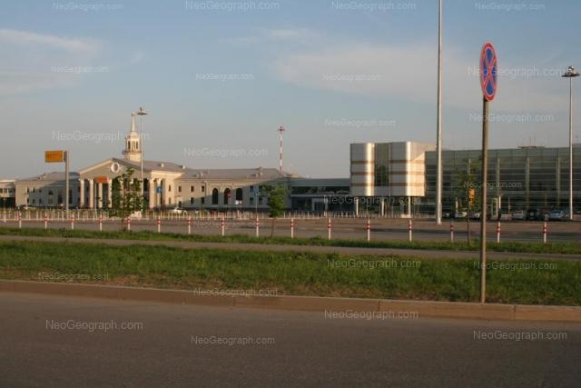 Адрес(а) на фотографии: площадь Бахчиванджи, 1, Екатеринбург