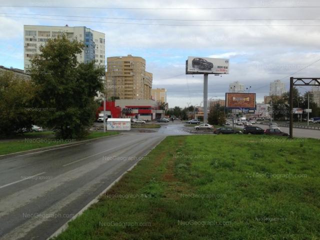 Адрес(а) на фотографии: улица Токарей, 52, 54 к1, Екатеринбург