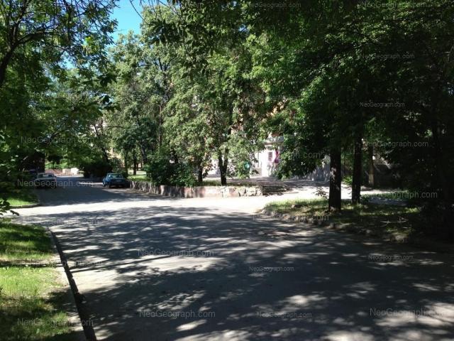 Адрес(а) на фотографии: улица Красных Партизан, 10, Екатеринбург
