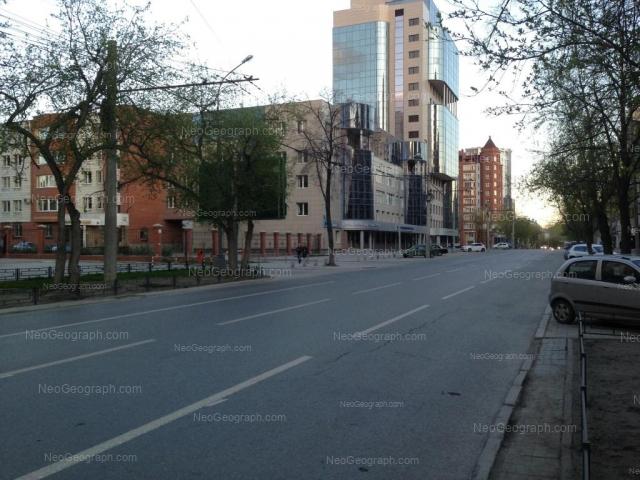 Адрес(а) на фотографии: улица Белинского, 37, 39, Екатеринбург