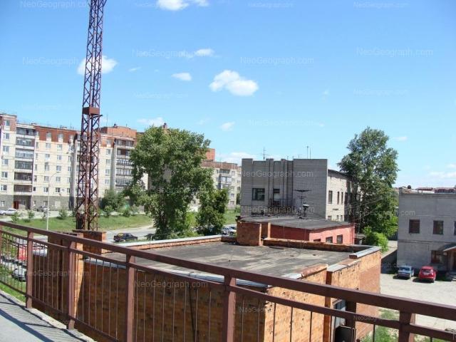 Адрес(а) на фотографии: улица Миномётчиков, 27, 29, 56, 58, Екатеринбург
