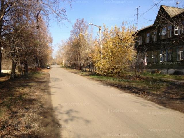 Address(es) on photo: Zaporozhskiy lane, 3, 4, 6, Yekaterinburg
