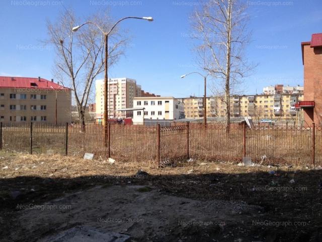 Адрес(а) на фотографии: улица Пехотинцев, 2/2, 2А/1, 4а, Екатеринбург