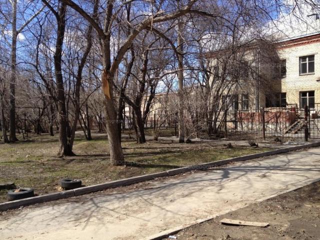 Адрес(а) на фотографии: Комсомольская улица, 10А, 10Б, Екатеринбург