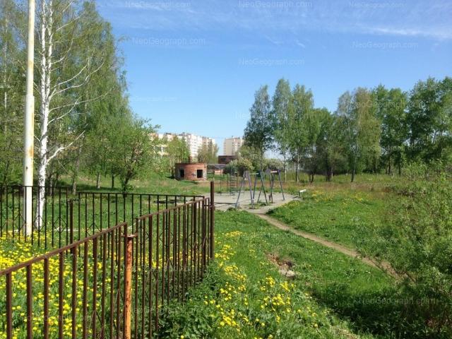 Адрес(а) на фотографии: Бисертская улица, 30, 34, 36, Екатеринбург
