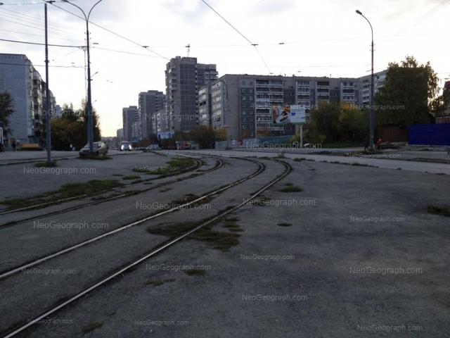 Адрес(а) на фотографии: улица Викулова, 28А, 28Б, 32А, 32Б, 33/1, Екатеринбург