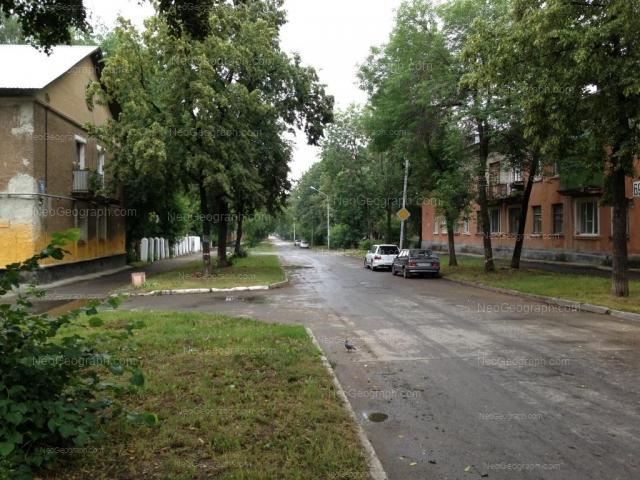 Адрес(а) на фотографии: улица Калинина, 66, 69, Екатеринбург