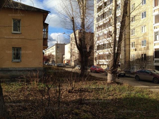 Адрес(а) на фотографии: Хвойная улица, 76 к1, 76 к2, Екатеринбург