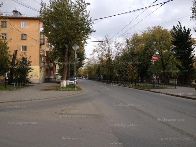 Адрес(а) на фотографии: Академическая улица, 9, 16, Екатеринбург