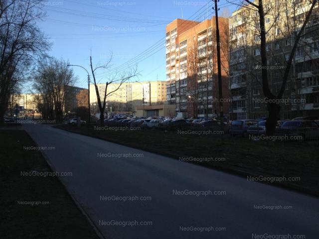 Адрес(а) на фотографии: Боровая улица, 19, 21, Екатеринбург