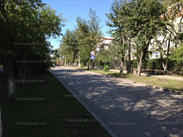 Адрес(а) на фотографии: Санаторная улица, 20, 22, Екатеринбург