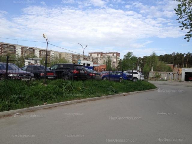 Адрес(а) на фотографии: улица Академика Бардина, 25/1, 25/2, 29, 31, Екатеринбург