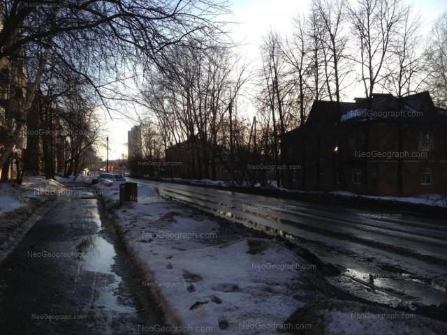 Адрес(а) на фотографии: улица Железнодорожников, 1, 2, Екатеринбург