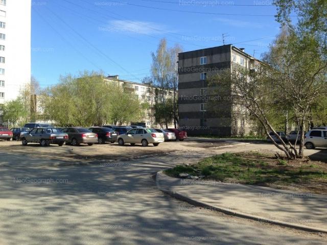 Адрес(а) на фотографии: Ангарская улица, 54а, 58, 60, 62, Екатеринбург