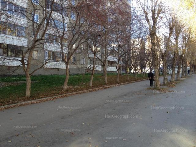 Адрес(а) на фотографии: улица Большакова, 9, Екатеринбург