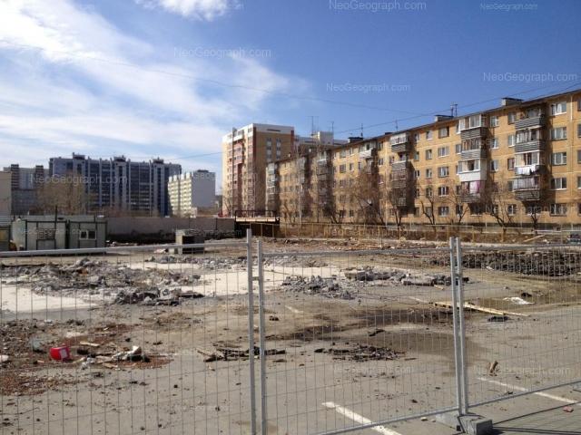 Адрес(а) на фотографии: улица Пехотинцев, 2/2, Екатеринбург